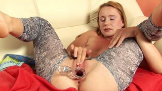 Amandas wettest performance with a speculum