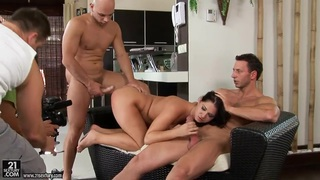 Linda Ray can't live without double penetration Thumbnail
