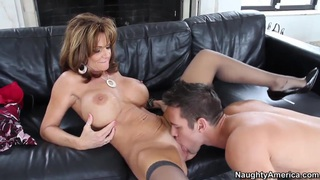 Lucky Johnny Castle found his ftiend's mom Deauxma alone and really horny Thumbnail