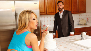 Capri Cavanni & Daniel Hunter in Naughty America