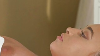 Busty lesbo gets first time massage Thumbnail