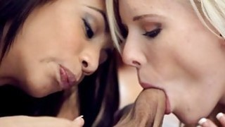 Hottie devours studs cock with much passion Thumbnail