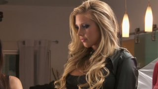Photo session with Samantha Saint, Aleksa Nicole is ready to be an orgy Thumbnail